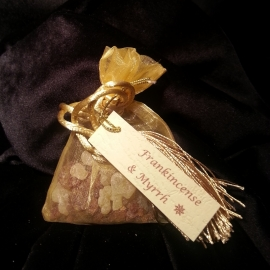 When you buy five sachets of combined Frankincense and Myrrh you will receive the sixth one free